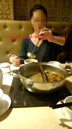 激カワキャバ嬢と食事
