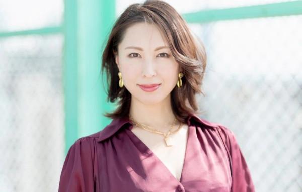 佐田茉莉子(さたまりこ)